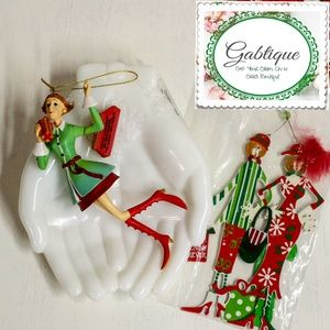 Kirkland Shopping / Friend Ornaments